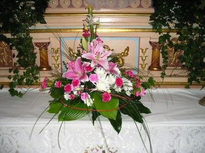 8c1afa04c Nová rubrika: Výzdoba kostelů - květinová výzdoba kostelů i jiná...