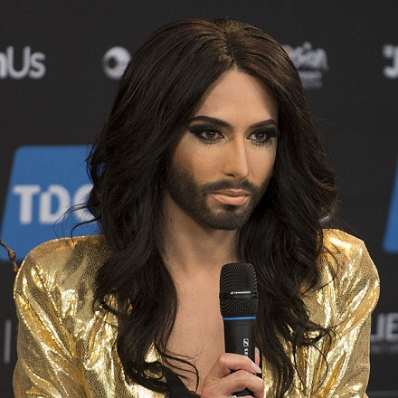 Conchita Wurst, ESC2014, Albin Olsson, CC BY-SA 3.0, commons.wikimedia